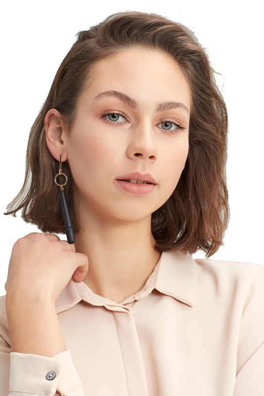 Wooden Pendant Earrings (Black)