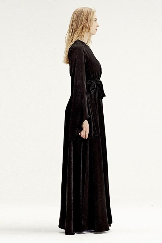 Asymmetrical Sleeve Dress (Black)