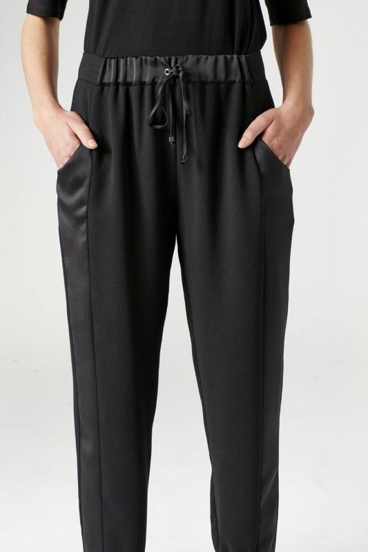 Asymmetric Leg Trousers (Black)