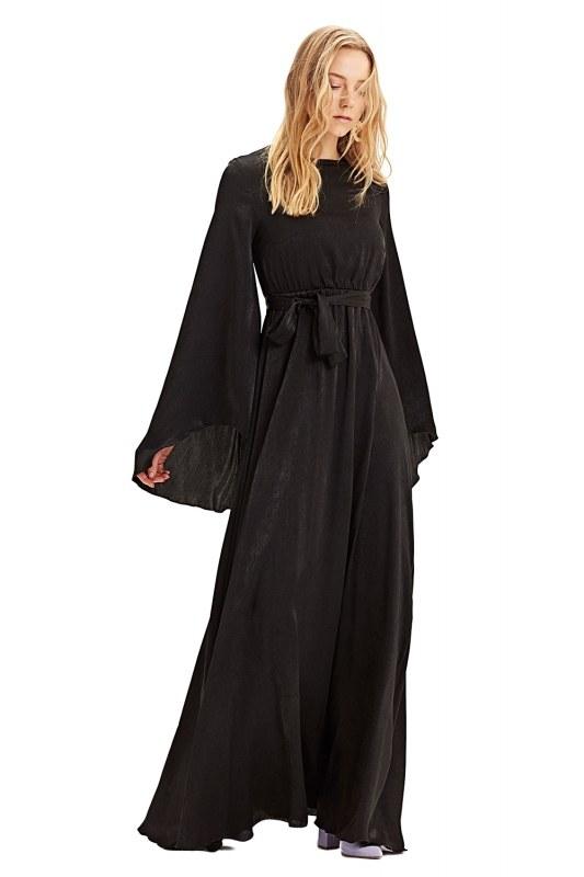 فستان بإكمام غير متماثلة الشكل (أسود)