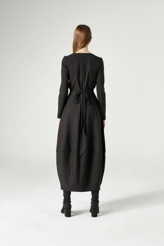فستان بتنورة بالون (أسود)