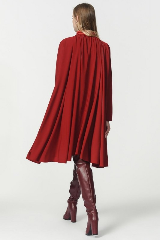 Wide Cut Collar Detailed Dress (Claret Red)
