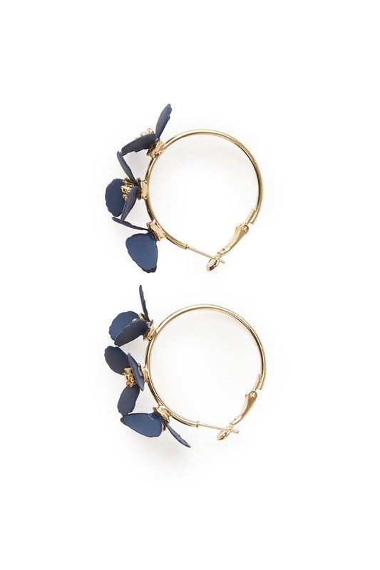 Flower Ring Shaped Earrings (Navy Blue)