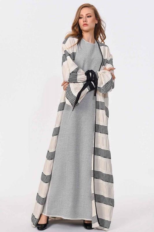Çizgi Detaylı Tasarım Kimono
