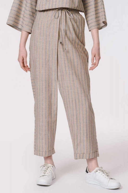 Striped Piece Trousers (Beige)