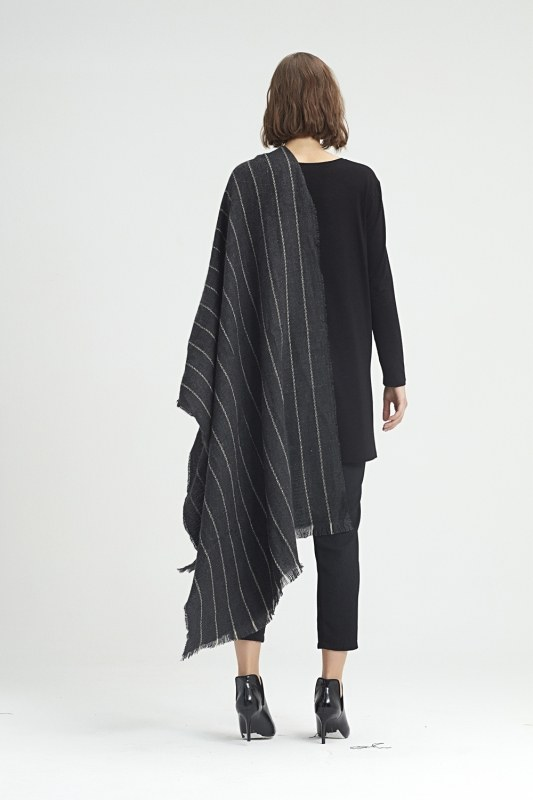 Striped Shawl (Anthracite)