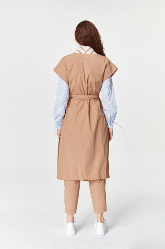 Collar Striped Waistcoat (Camel)