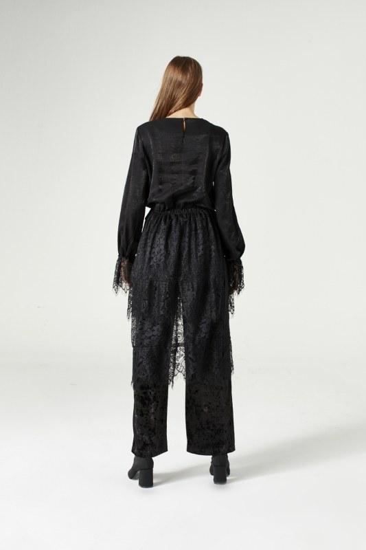 Garni-Lacing Dress (Black)