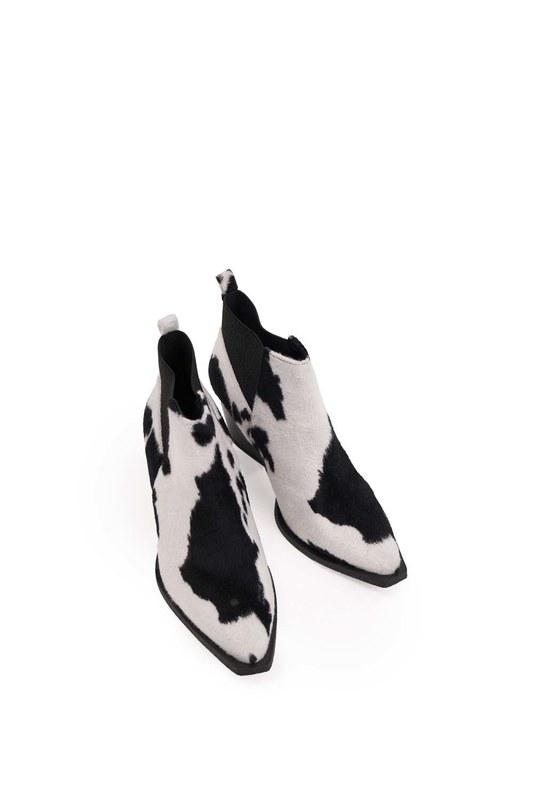 الأحذية فروي منقوشة (أسود / أبيض)