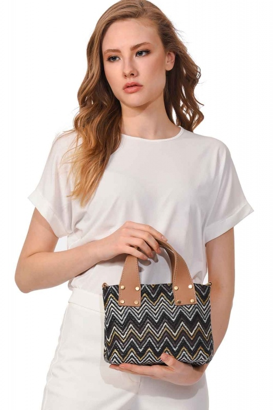 Patterned Zigzag Handbag (Black)