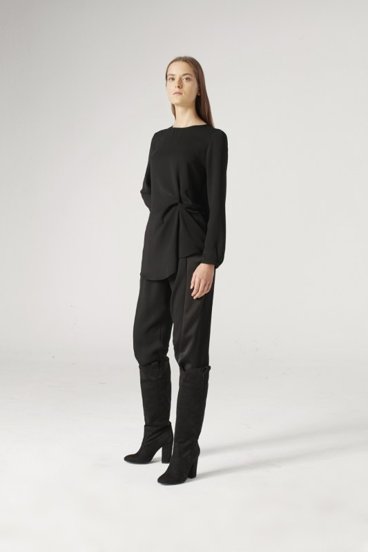 Knot Detailed Blouse (Black)