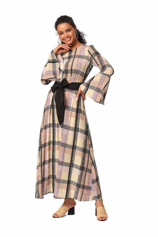 فستان طويل ملون بتصميم منقوش (بيج / وردي فاتح)