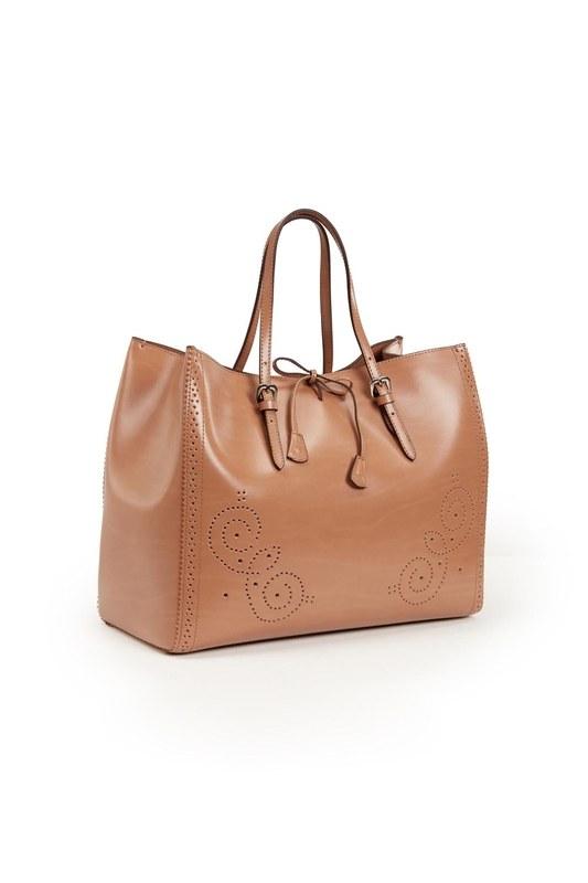 حقيبة يد جلدية كبيرة مطرزة (تان)