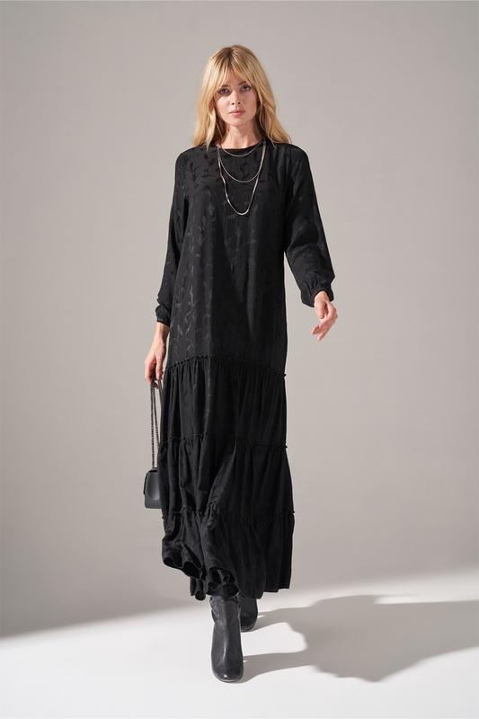 Frilly Skirt Dress (Black)