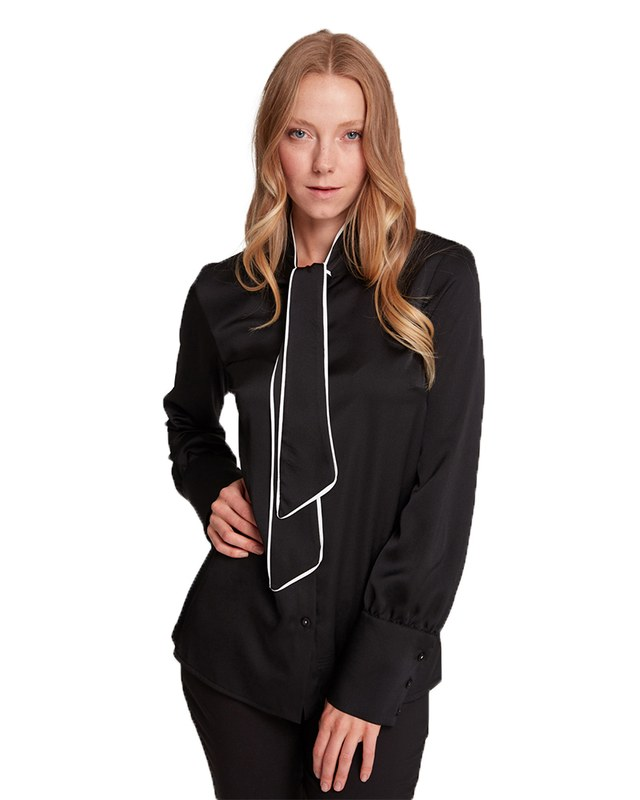 Pipped Detailed Blouse (Black)