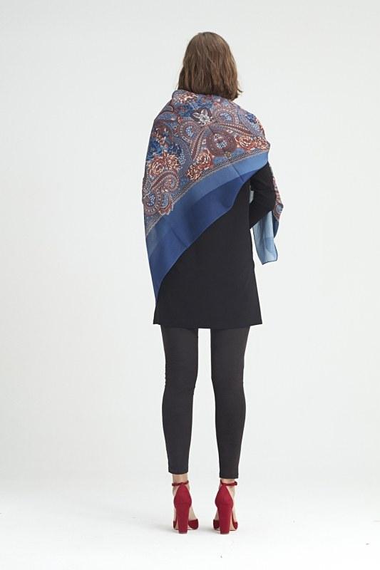 Scarf-Formed Shawl (Blue)