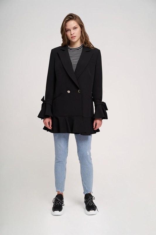 Eteği Fırfırlı Uzun Ceket (Siyah)