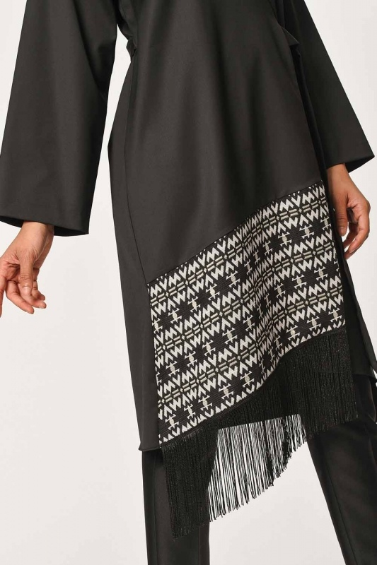 Ethnic Jacquard Patterned Kimono (Black)