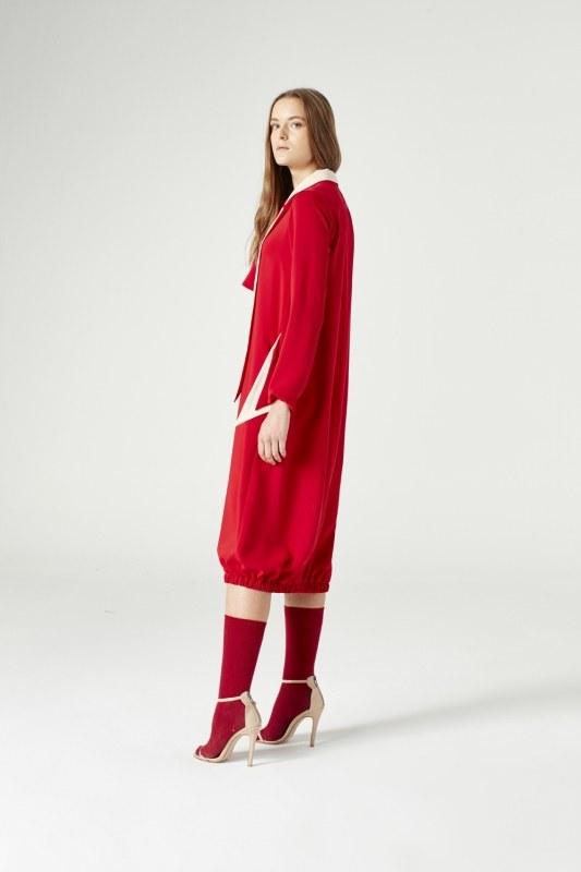 فستان بياقة على شكل وشاح فولار(أحمر)