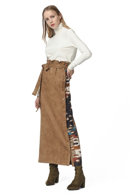 Garni Suede Skirt (Tan)
