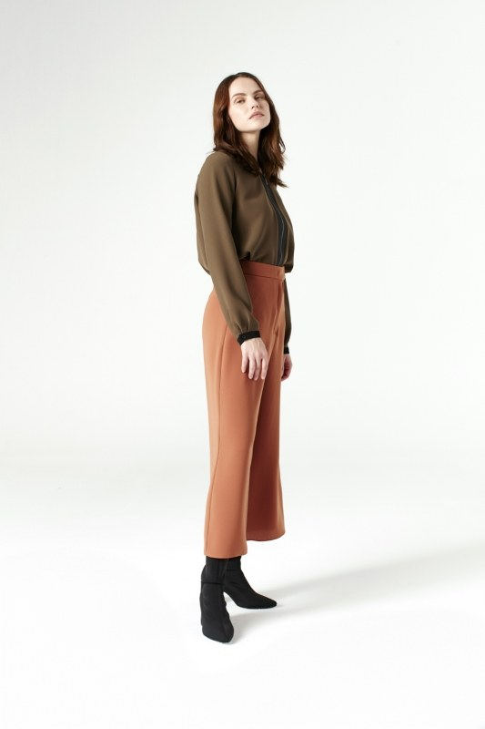Pants With Wide Cut (Brick Color)