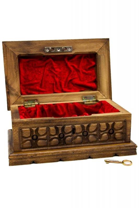 Geometric Walnut Jewelry Box (St)