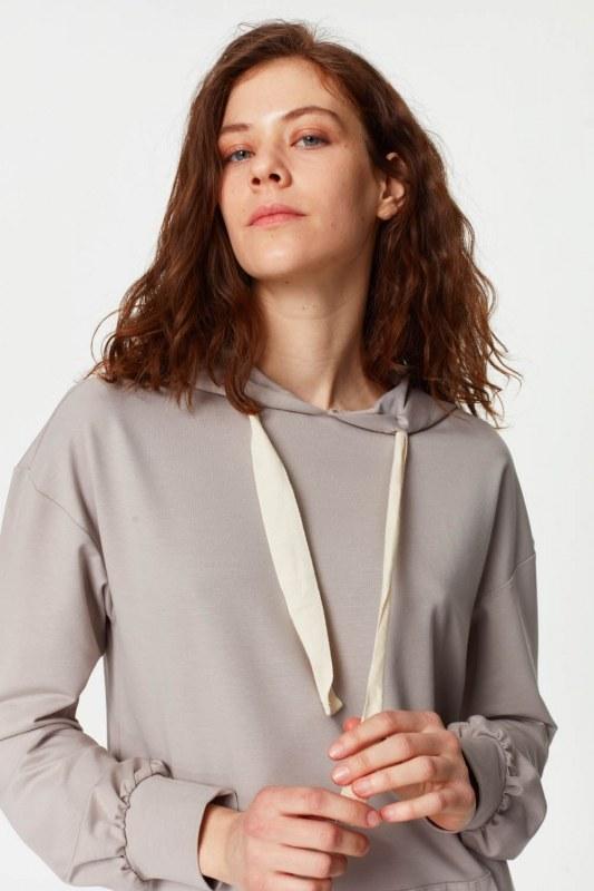 Sweatshirt With Kangaroo Pocket (Grey)