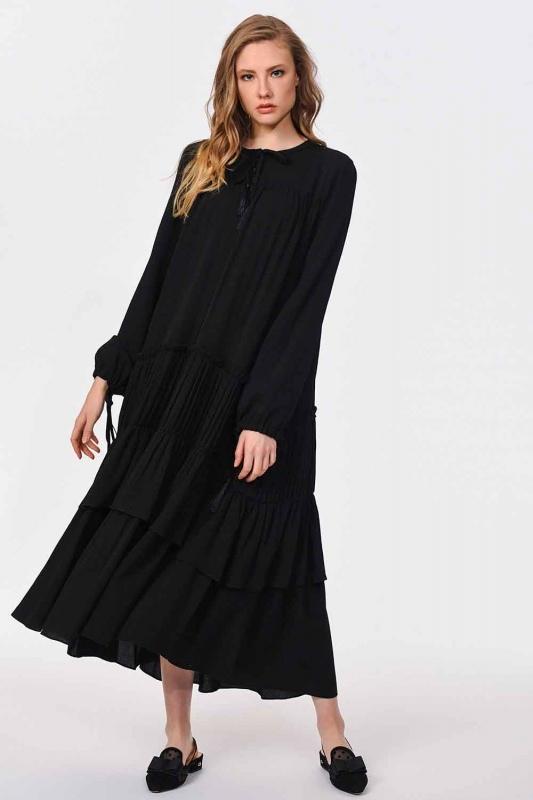 Kat Detaylı Uzun Elbise (Siyah)