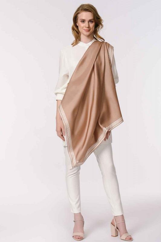 مربع ، وشاح الحرير مع أنماط (البيج)