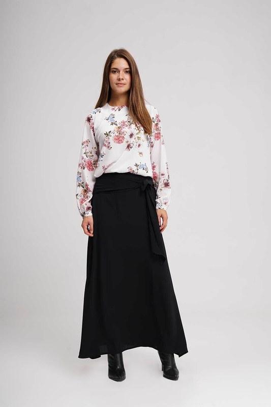 تنورة طويلة الكلاسيكية (أسود)