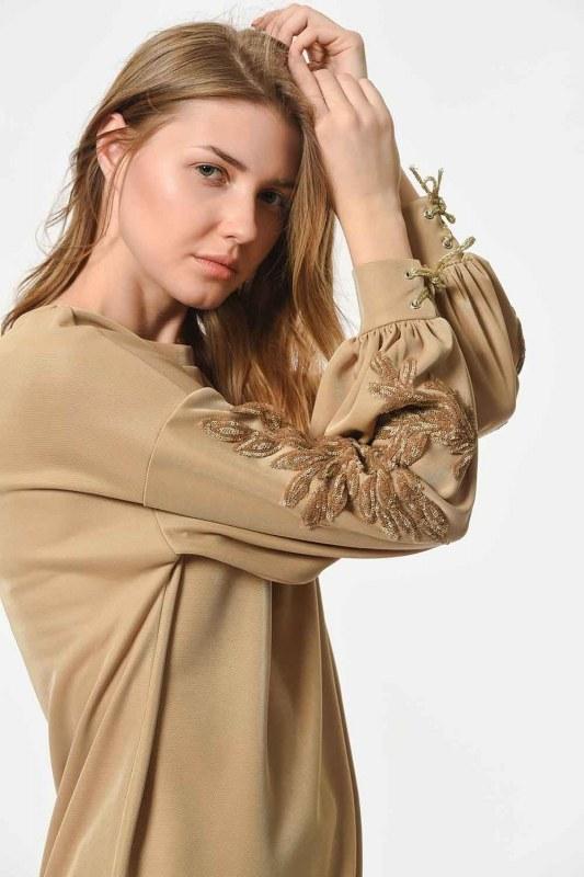Kolları Payet İşleme Detaylı Sweatshirt (Gold)