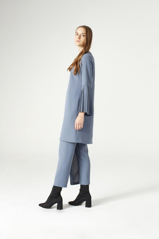Pleat Sleeve Blouse (Indigo)