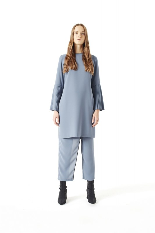 Pleat Sleeve Blouse (Indigo)