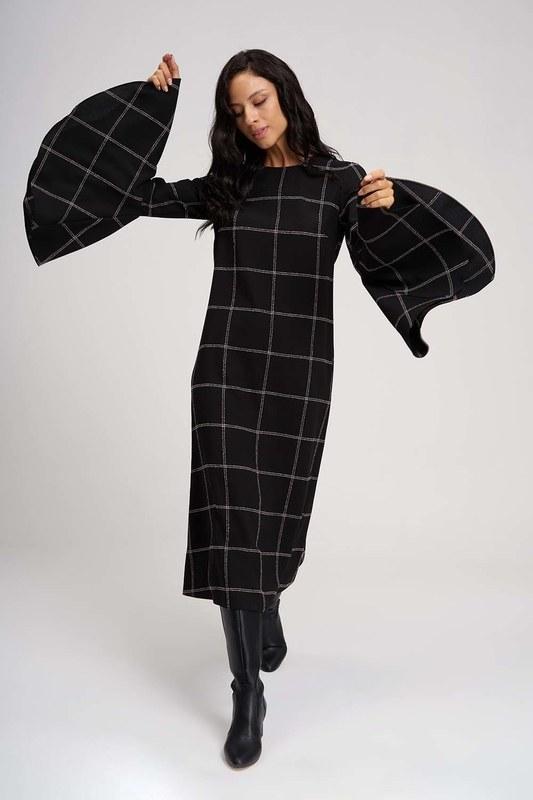 فستان ذات اليد العريضة مع قماش المربعات (أسود)