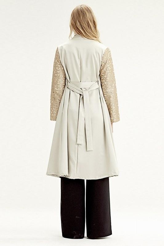 Kolu İşlemeli Kimono (Bej)