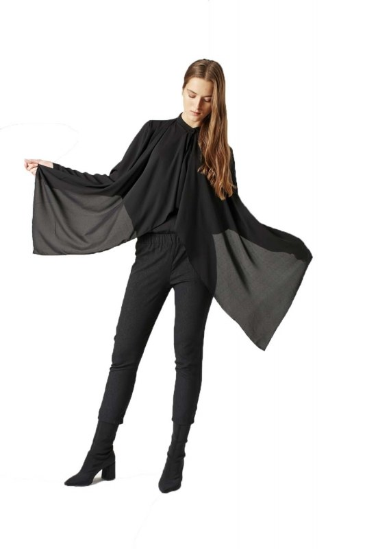 Crimp Flounce Blouse (Black)