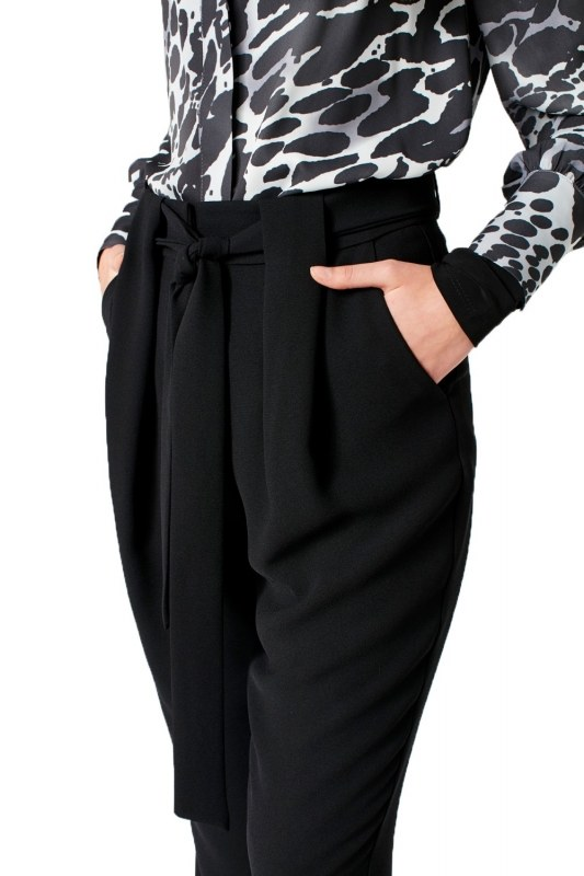 Belt Detailed Trousers (Black)