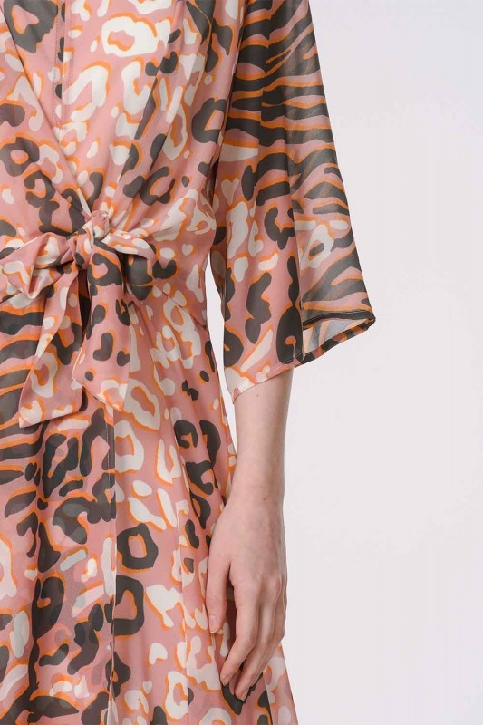 فستان بنقوش الفهد (وردي)