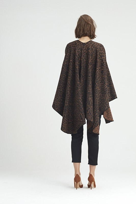 Leopard Patterned Poncho (Brown)