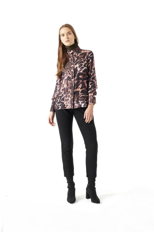 Leopard Shirt (Powder)