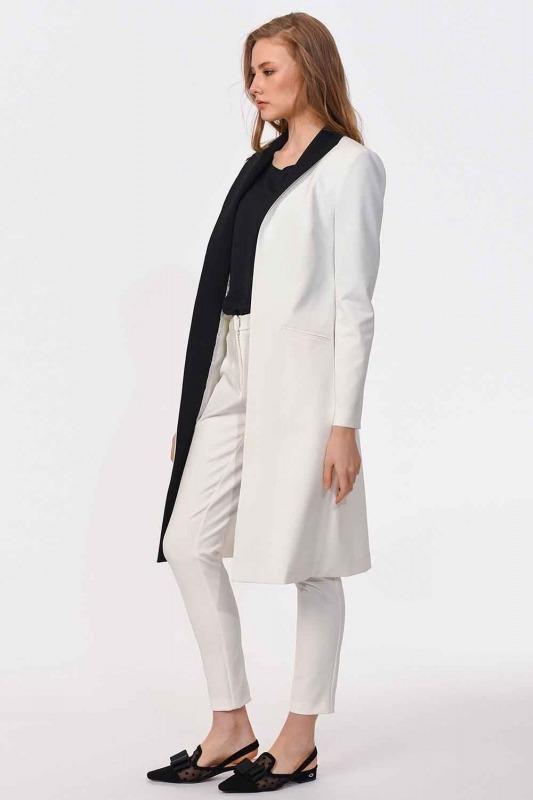 Nakış Detaylı Tasarım Ceket (Beyaz)