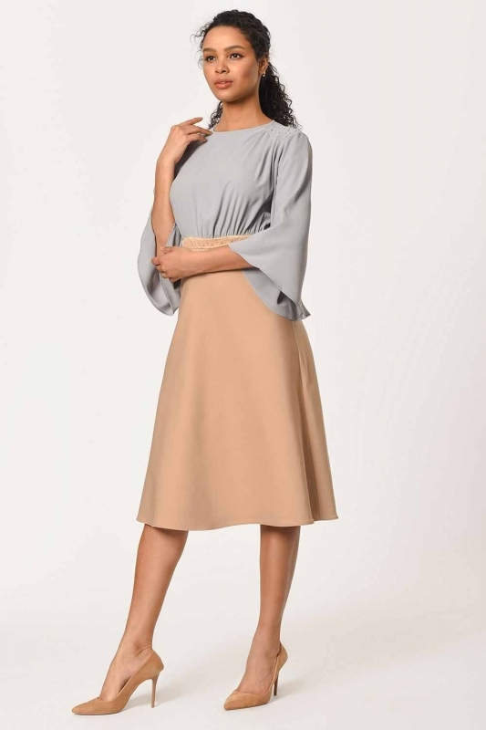 Stone Detailed Two-Color Dress (Beige)