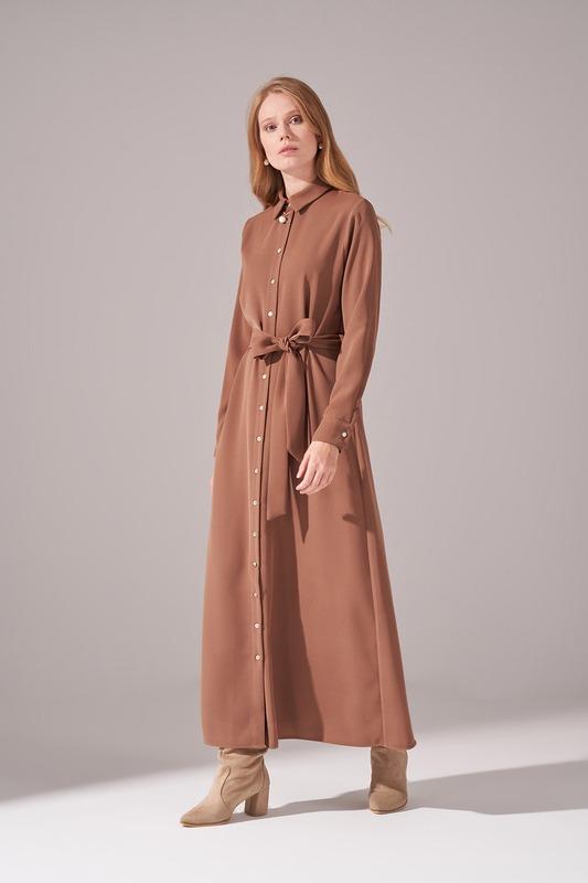 Önden Tam Düğmeli Krep Elbise (Kahverengi)