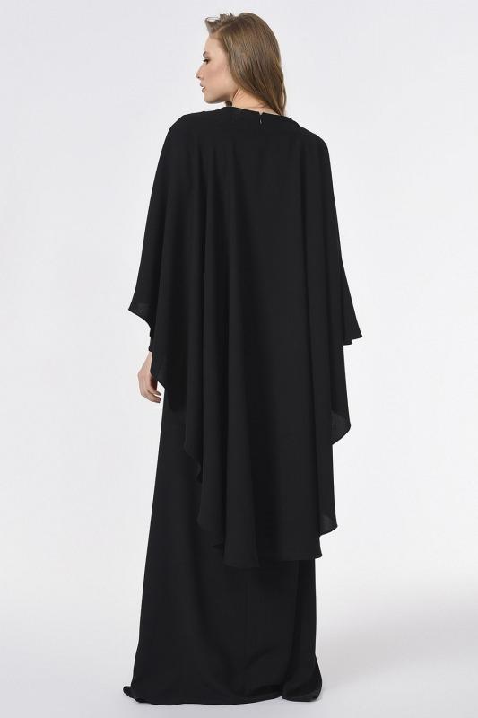 فستان مصمم مع التفاصيل الأمامية (أسود)
