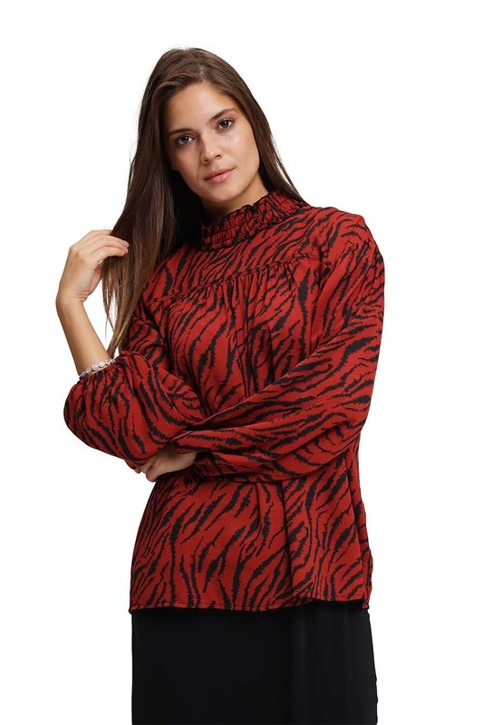 Front Robe Blouse (Claret Red)