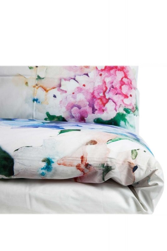 Double Linens Set With Panel Patterns (200X220)