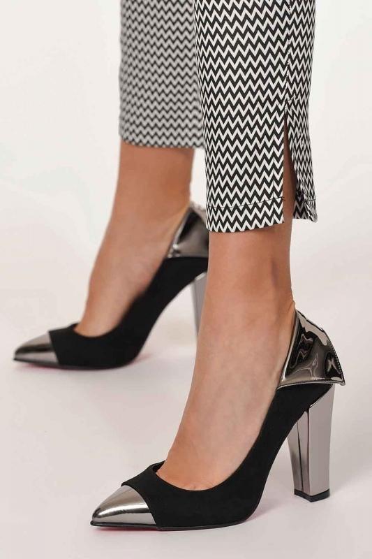 Parlak Uçlu Ayakkabı (Siyah)