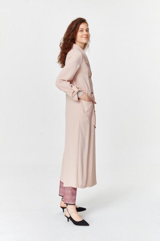 معطف الخندق مع أنسجة بايك (وردي فاتح)
