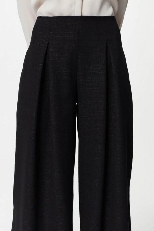 Pile Detaylı Geniş Paça Pantolon (Siyah)