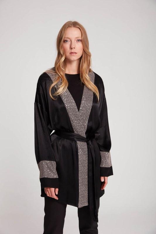 Pul Garnili Saten Kimono (Siyah)